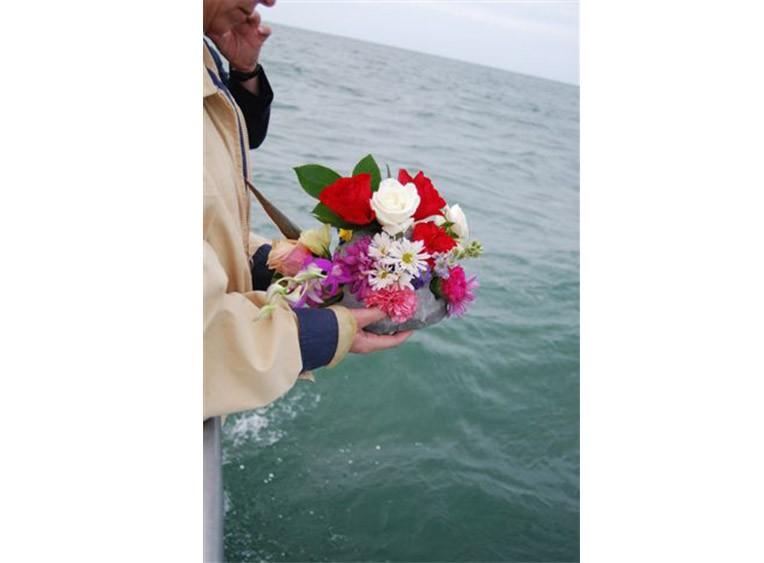 Eternal-Reefs-Dedication-07-Flowers-on-the-rail-Sarasota-11-09-2009-(206)