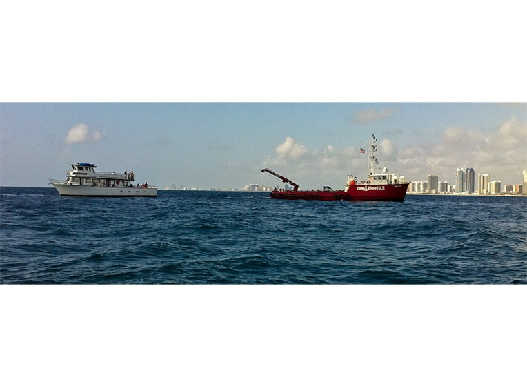 Eternal-Reefs-Placement-10-Tow-Boat-IMG_9206-1